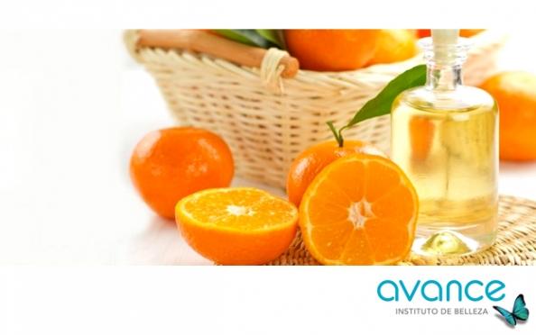 Exfoliación coporal con masaje de aceite de mandarina