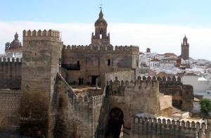 Sevilla: Escapada 4* en AD + Cena para 2