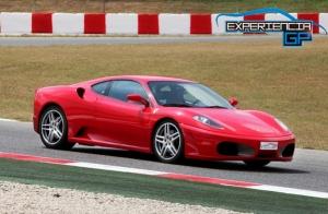 Conduce un Ferrari, Lamborghini o Porsche