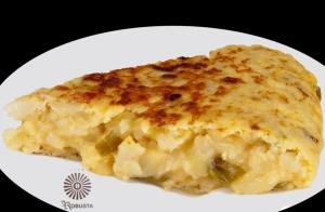 Tortilla de patata del Café Robusta + Botella de vino